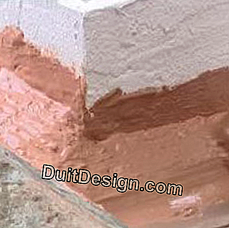 Cracks on a roof or chimney stump: stump