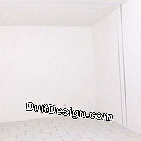 Plaster tile wall installation features
