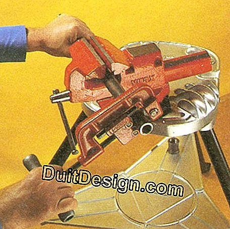 Large tube cutter