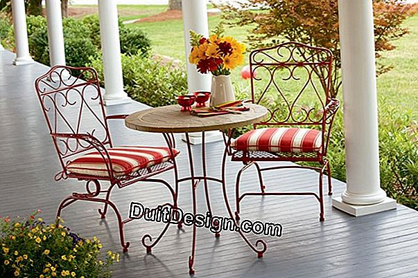 Renovate iron garden furniture