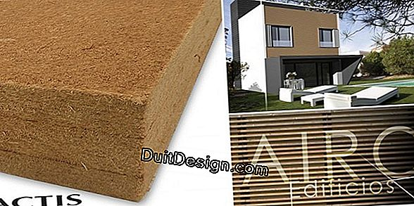 Insulation of wood fiber walls
