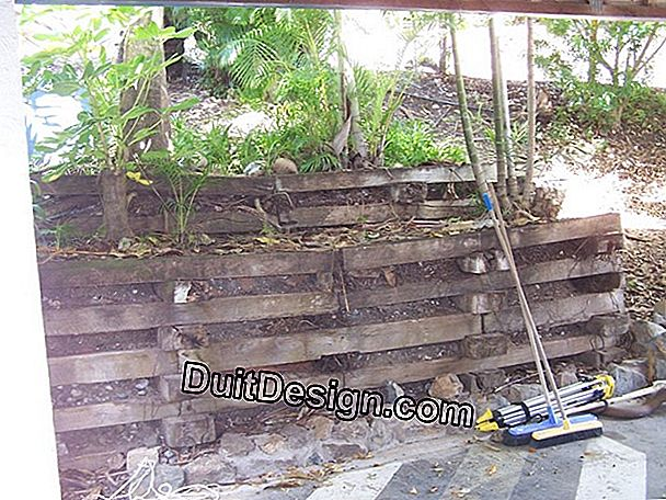 Garden steps in railway sleepers: danger!