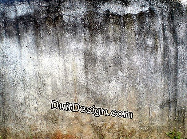 Stained exterior plaster