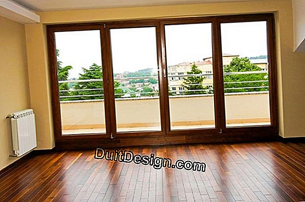 Replace wooden windows with PVC windows