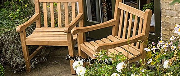 Maintenance of a teak garden armchair