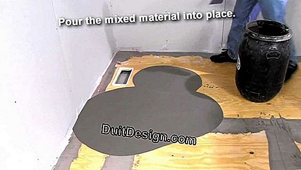 Liquid screed on wooden floor
