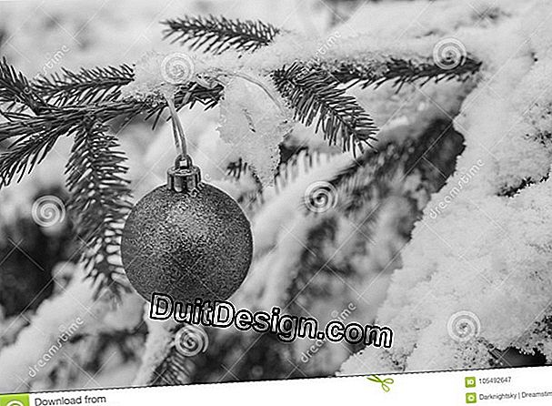 Greyscale decorations