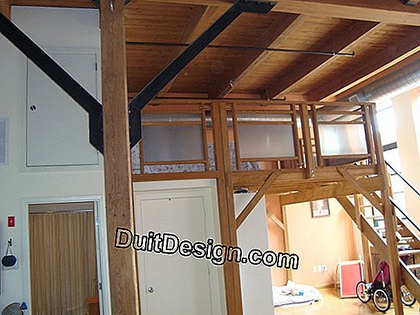 Set up a mezzanine loft