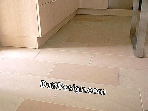 Sandstone tile on cement-glue