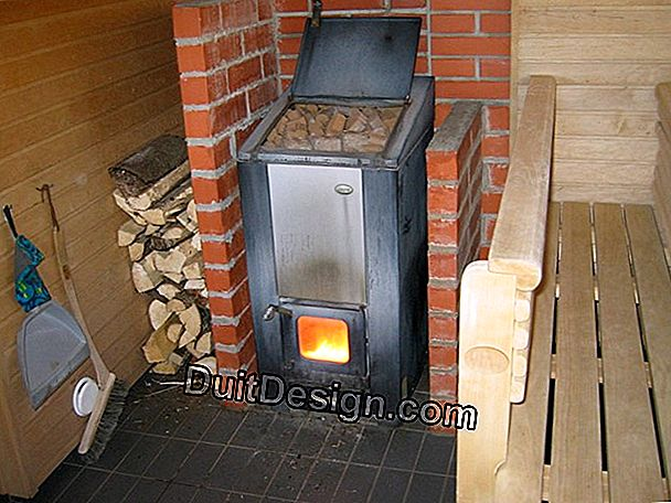 Wood stove: clean burning