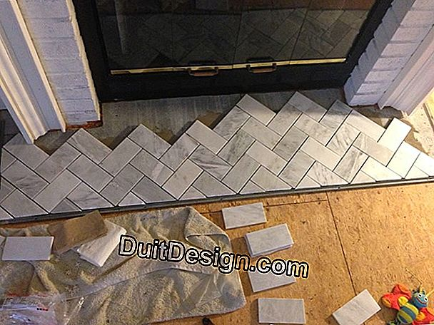 Tiling: laying a tiled plinth