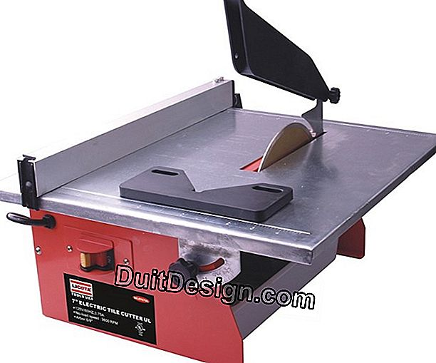 The electric tile cutter