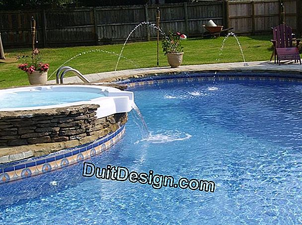 Avoid water loss in a pool