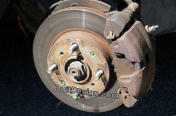 Changing the rear brakes of a Twingo