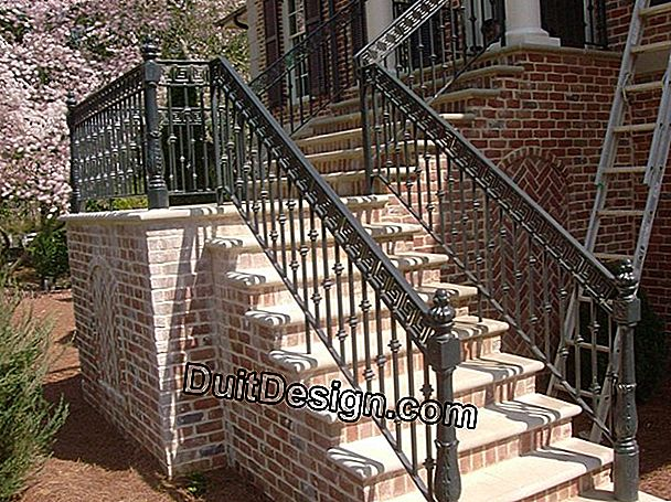Customize a masonry staircase