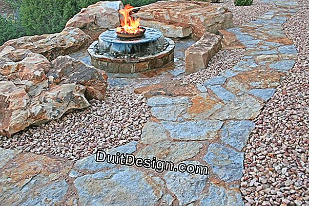 Garden: make a natural stone path