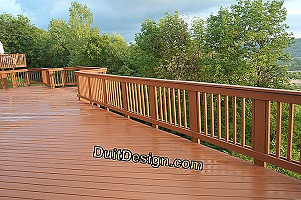 Wooden deck: different types of supports