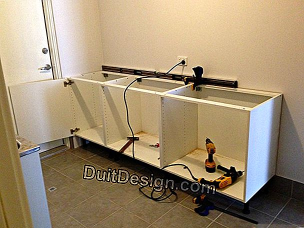 Electrical installation under baton and PVC baseboards