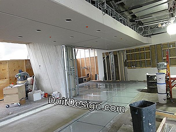 Gypsum board under crawling roof