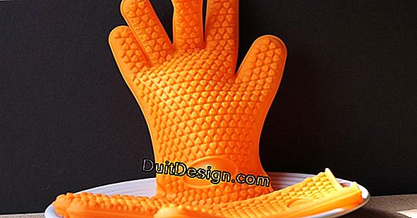 Use silicone gloves