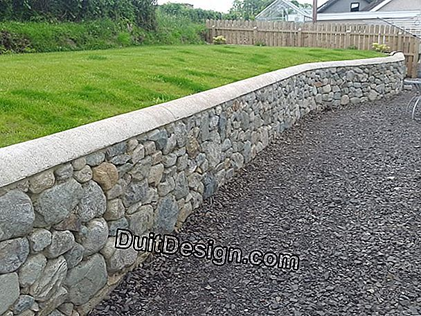 Retaining wall: text of law?