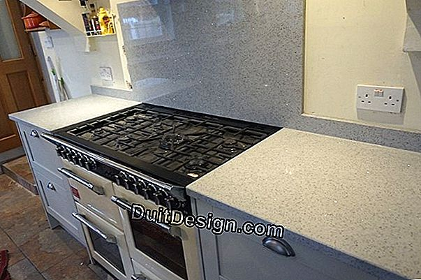 Apply a resin on a kitchen worktop