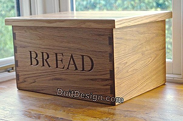 Make a bread box