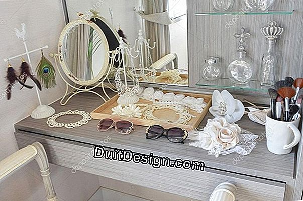 Dressing accessories