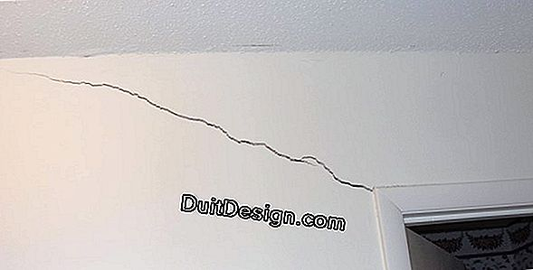 Moving cracks on walls and facades