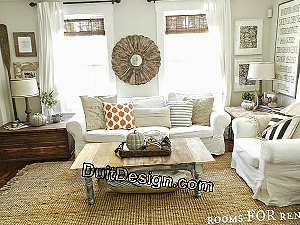 Decorate an oriental living room