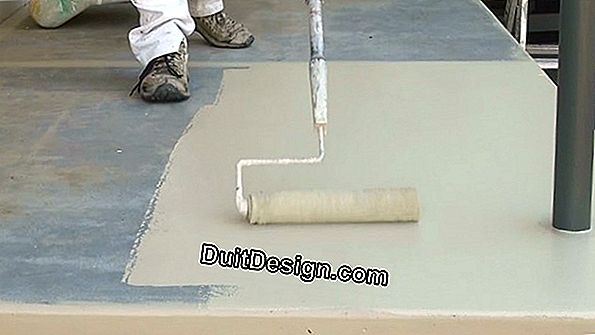 Apply a floated coating on a wall