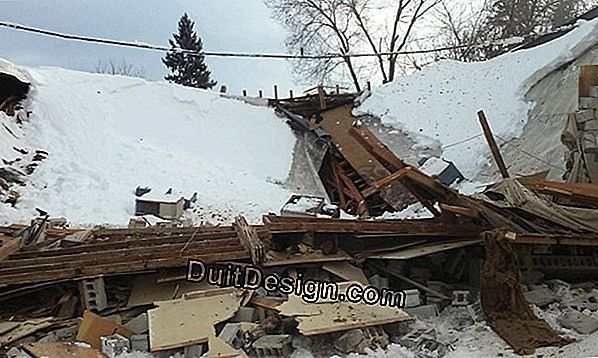 Collapse of a roof under the weight of the snow