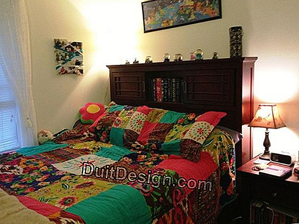 A bohemian bedroom decor