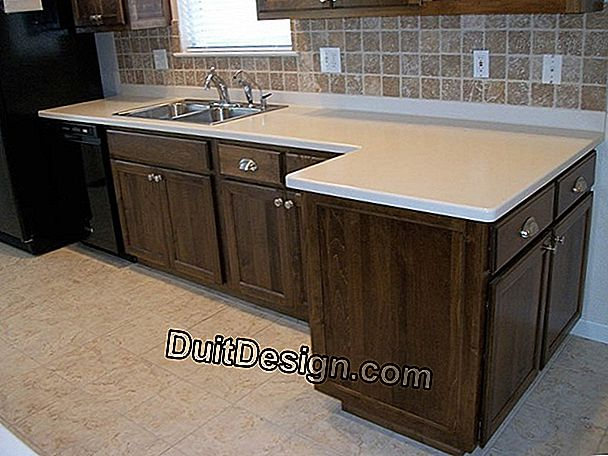 The kitchen sink with design shapes