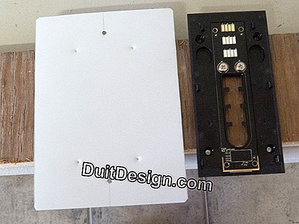 Doorbell with intercom