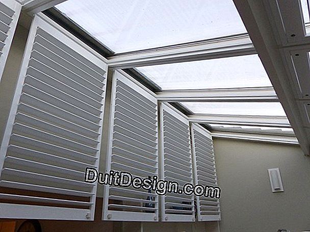 Shutters for roof windows