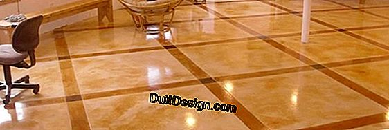 Vinyl plastic coatings and laminate