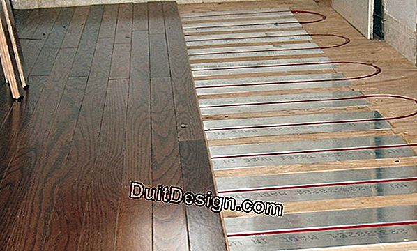 To install a parquet on a floor heating high temperature?