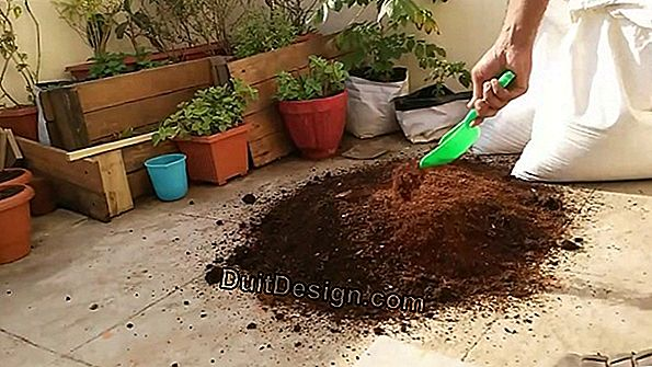 Add peat in a kitchen garden