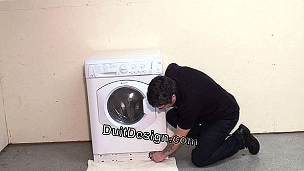 Clean the drain filter of a washing machine