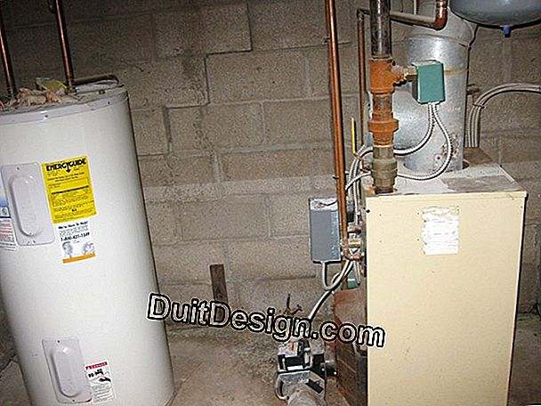 Ensure proper operation of a hot water storage tank