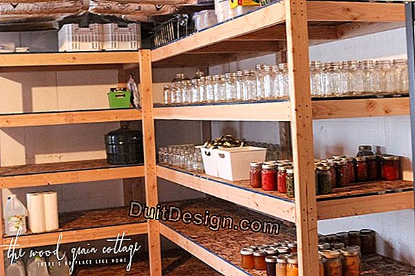 DIY: Make a shelf like the cottage