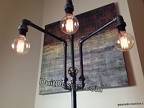 DIY: repainting an industrial type metal workshop lamp