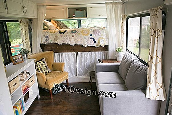 A trailer transformed into a trailer for an extra bedroom