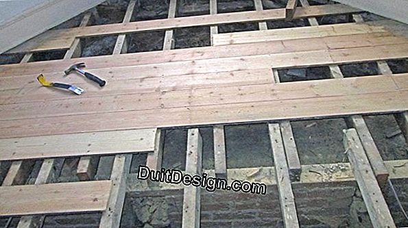 Laying parquet on joists