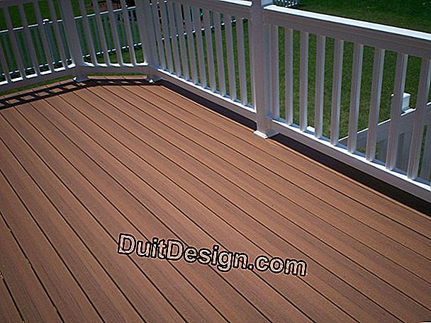 Red composite deck board by Castorama