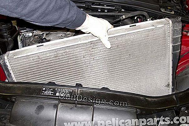 Bleed a radiator without getting dirty
