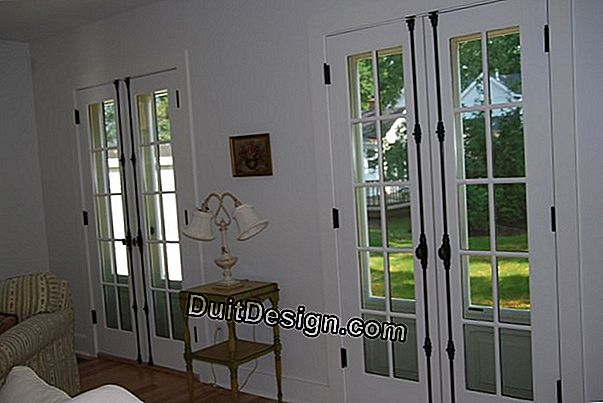 How to put a cremone shutters?