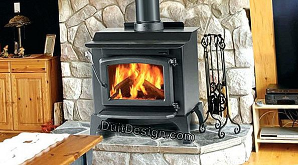Tips for cleaning the glass of a wood stove