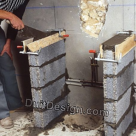 Mortar base poured into a formwork